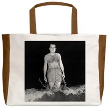 richard_nixon_beach_tote